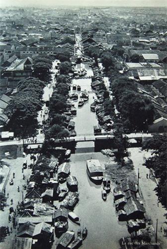dong-goi-tri-thuc-phan-hoàng-thư-Sài-Gòn-năm-1955-13