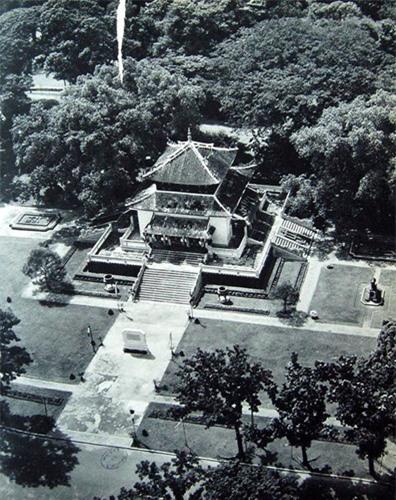 dong-goi-tri-thuc-phan-hoàng-thư-Sài-Gòn-năm-1955-18