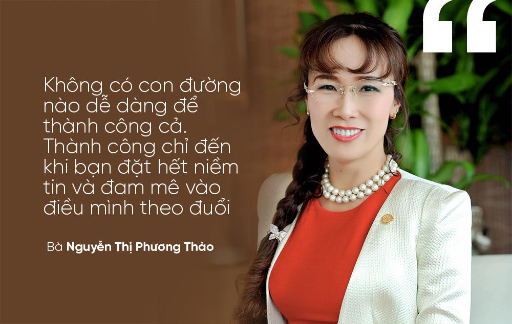 """""""Không có con đường nào dễ dàng để thành công cả. Thành công chỉ đến khi bạn đặt hết niềm tin và đam mê vào điều mình theo đuổi"""" - Bà Nguyễn Thị Phương Thảo"""