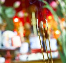 Số nhan thắp phải là lẻ theo phong tục người Việt