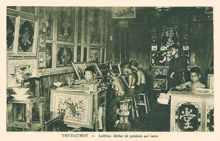 Xưởng vẽ tranh kính